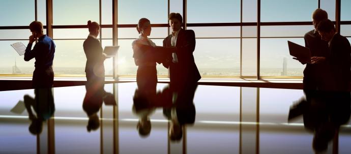 صفات أساسية تدل على قائد ناشئ في العمل