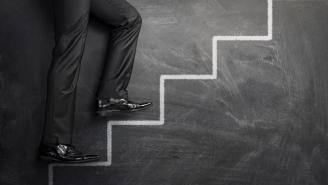 نجاح الأعمال يعتمد عليك أو على العميل؟